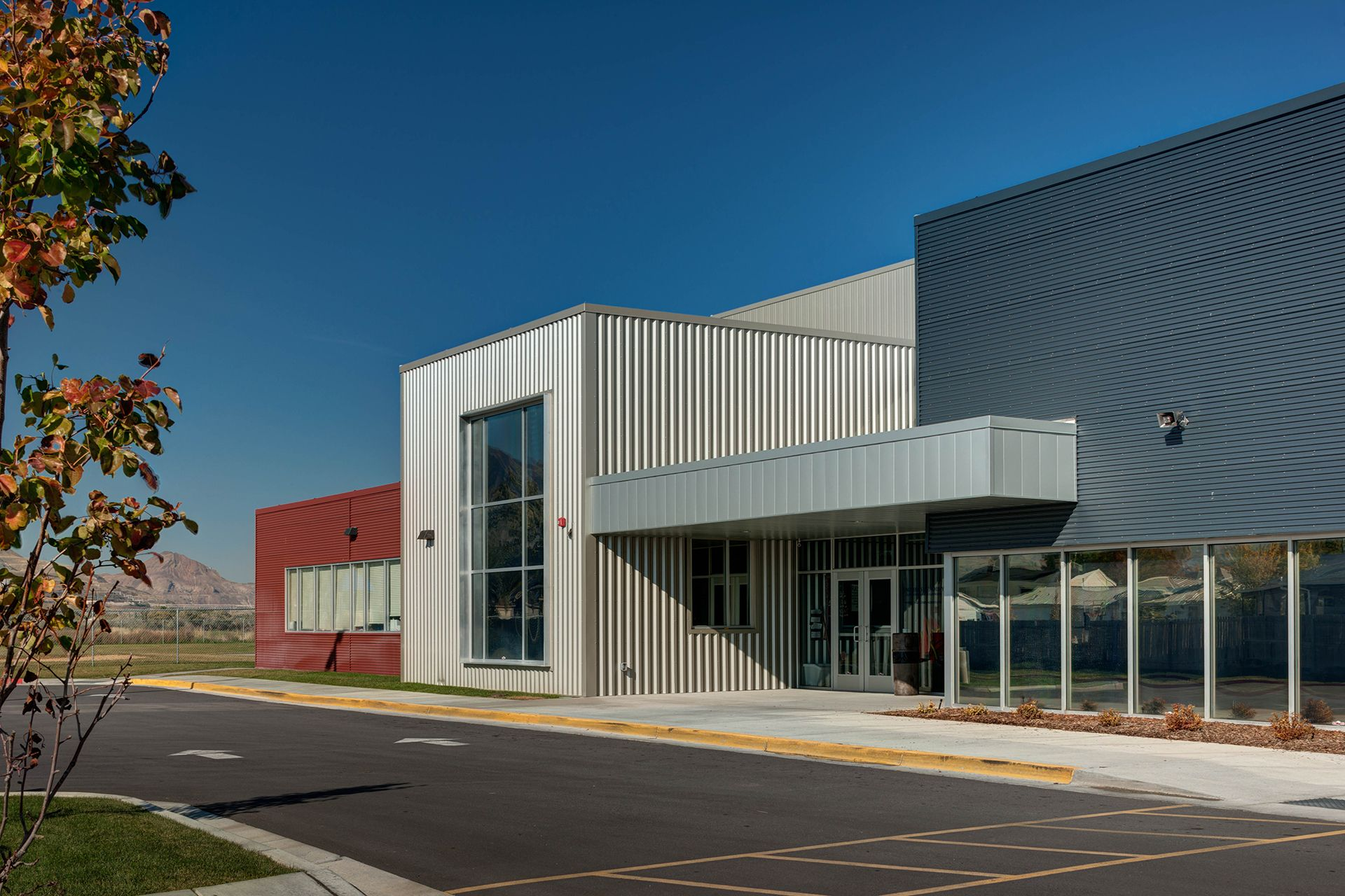 Steel Building Panels : Faster turnaround metal building contractormetal